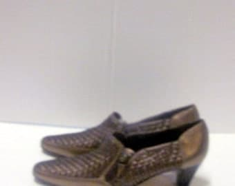 sz 6.5 aa vintage women bronz woven italian leather shoes PREVATA label