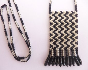 Zigzag necklace, Peyote pendant, Black and white pendant, FREE UK shipping