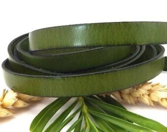 Vintage green flat leather