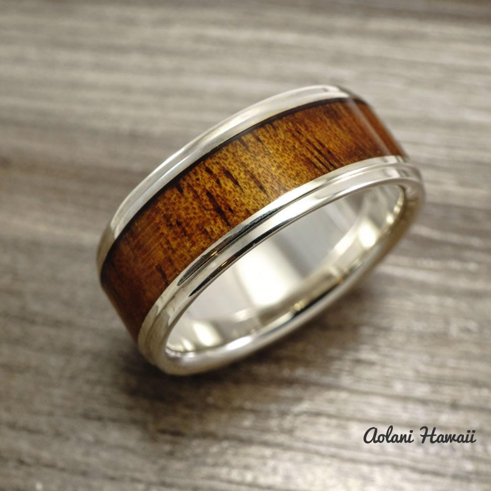 sterling silver ring with hawaiian koa wood inlay by