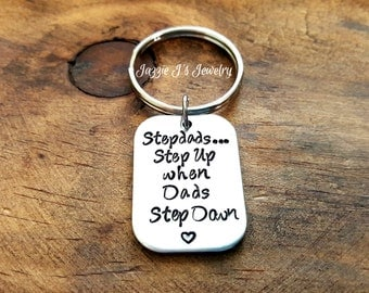 Stepdad Steps Up When Dad Steps Down Keychain, Gift for Stepfather, Gift for Him, Gustom gift for Stepdad from Stepkids, Father's Day Gift