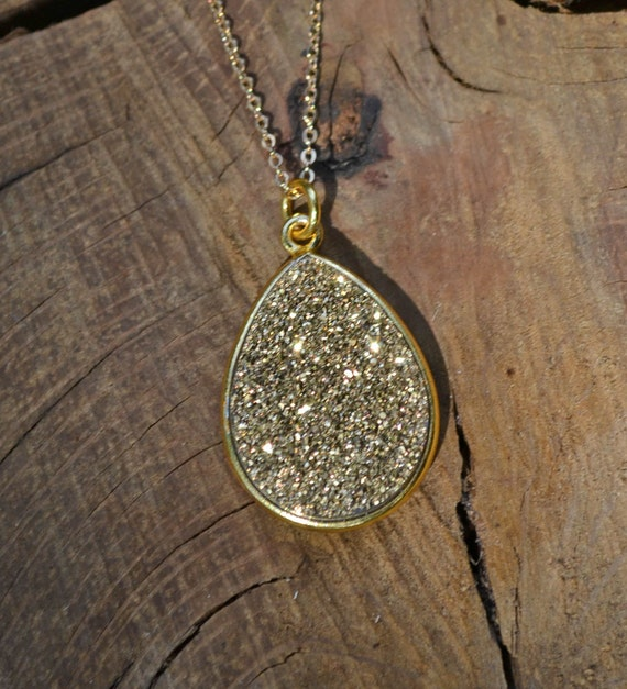 Teardrop Druzy Necklace, TearDrop Druzy Pendant, Gold Teardrop Druzy Necklace, Gold Teardrop Druzy Pendant, Gold Druzy Necklace, Gold Druzy
