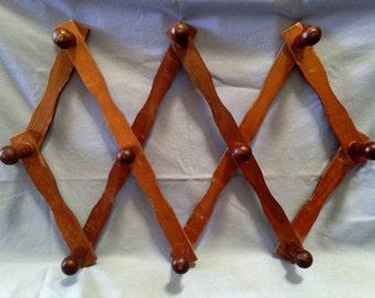 Vintage Accordian Wood Wall Peg Rack Holder Display Decor Organizer