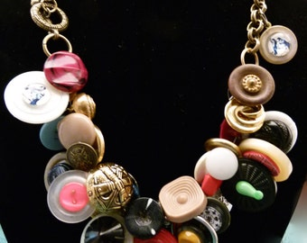 Vintage Button Cluster Necklace N0079
