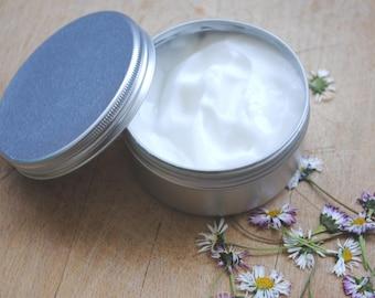 100% All natural exclusive Moisturiser Cream – Shea Butter, Macadamia oil – organic