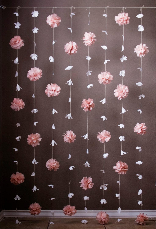 Flor de papel y papel de seda puff garland - Cortinas de papel para navidad ...