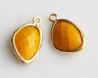 A2-161-G-MU] Mustard / 10 x 18mm / Gold plated / Pendant /  2 pieces