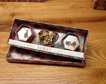 Vintage Roman Goldtone Floral Necklace and White Gemstone Earrings and Floral Pin/Brooch Set w/ Original Gift Box