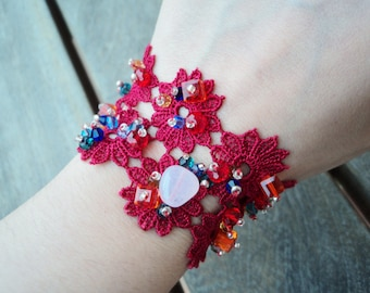 Red Guipur bracelet, Guipur, Fashion bracelet, Fashion red bracelet, red bracelet, Guipur bracelet, red guipur