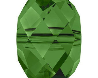 Swarovski Crystal Briolette Beads 5040 - 6mm 8mm - Fern Green