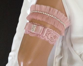 wedding garter set, blush pink bridal garter set, blush pink bow, crystal rhinestone/gold/silver
