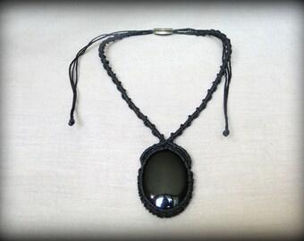 Macrame necklace with Onyx