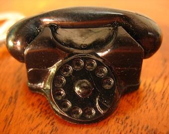 Keychain Vintage Telephone.