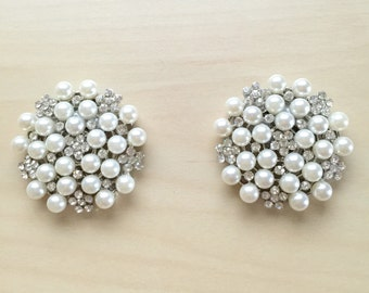 Shoe clip/ Free Shipping/ pear/rhinestones/wedding/bridal/bride/bridesmaids/prom/handmade/shoeclips