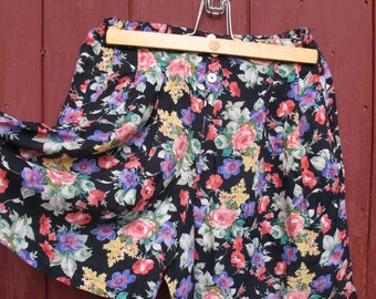 Pretty floral french vintage shorts