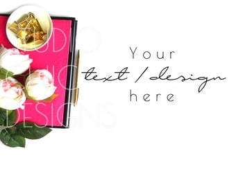 Styled Stock Photography - Styled Desktop - Pink, Gold, and Black -  Blog Image - 018