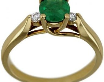Round Emerald Yellow Gold Diamond Emerald Engagement Ring