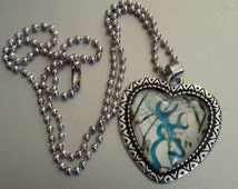 New Blue Browning Deer With White Camouflage Heart Pendant With Silver Necklace