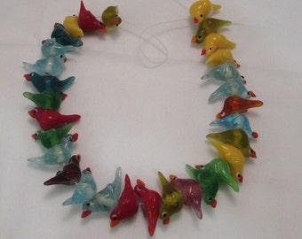 LAMPWORK GLASS BIRDS 28 cm bead strand 30 birds mixed colours