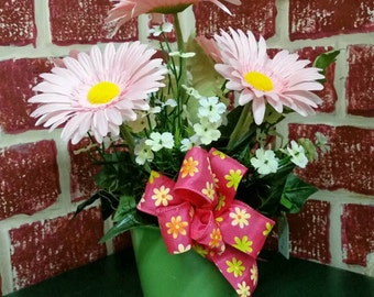 Pink Daisy Design