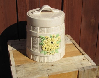 Cookie Jar with Yellow FLowers Ceramic Vintage