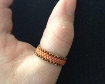 Chocolate-bordered Tangerine Ring