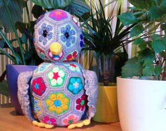 African flower crochet owl
