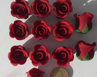 Edible Sugarflowers Rose buds cake toppers.