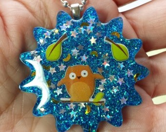 Resin Owl Pendant, Resin Owl Necklace, Daisy Owl Pendant, Resin Owl Jewelry, Daisy Owl Necklace, Daisy Owl Jewelry