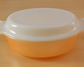 """Vintage Fire King Peach Lustre Anchor Hocking 1 1/2"""" Qt. Casserole Dish with Lid"""