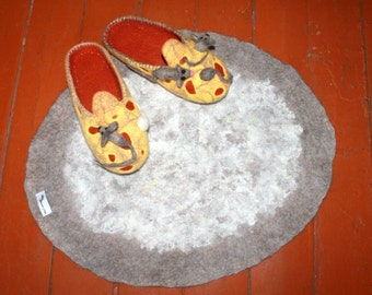 Mats for dogs.Eco Mat.Rugs from sheep's wool.The warm Mat of undyed wool and fleece.Pad animals.