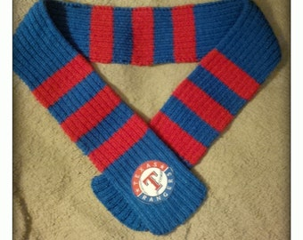 Texas Rangers knit scarf