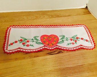 Small Vintage Embroidery Dresser Scarf