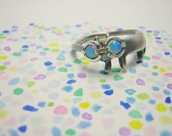 """cat silver ring """" miaow with rainbow spectacles on """""""