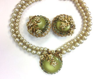 Olive Green Faux Pearl Jewelry Set 50s
