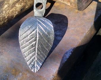 Leaf wall hook/Drawer pull
