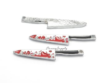 4 pieces - Mini Bloody Knives Charms Pendants CE-017-THL.15