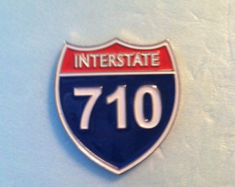 Items Similar To Interstate 89 Tank Top Men S American