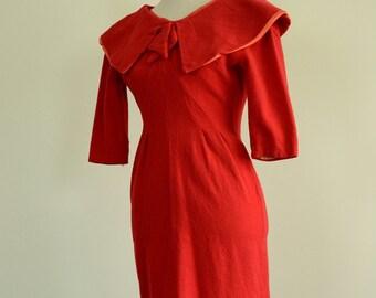 1940s Wool Dress / 50s Woolen / Holly Berry Wiggle Dress
