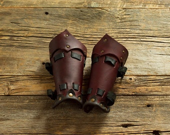 Waxed leather Bracers / Waxed leather bracers