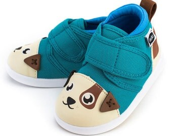 Mr. Barkles Puppy Dog Toddler Walking Shoe with On-Off Squeaker by ikiki Squeaky Shoes