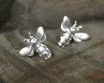 925 Sterling silver bee stud earrings