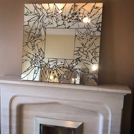Items similar to handmade mosaic mirror on etsy for Decoracion de comedores con espejos