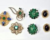 30% OFF Green Vintage Brooch Lot /154