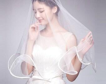 wedding veil with border, bridal veil short