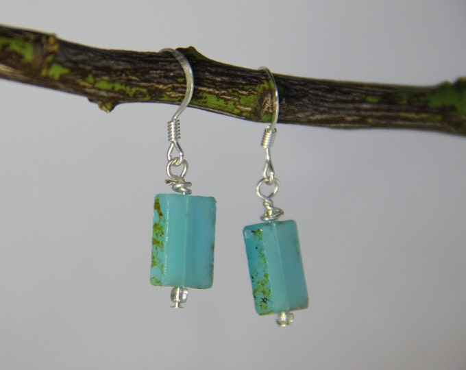 Mint Green Earrings Dangle Drop Pierced Earring Sea Glass Earrings Bridesmaid Earrings Beach Wedding Boho Earring Mint Wedding Gifts for Her