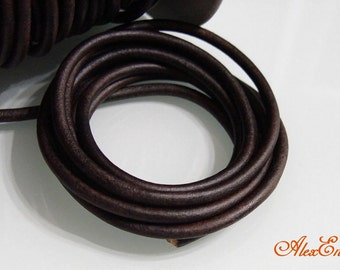1 Meter of 5 mm Natural Antique Brown Round Leather Cord.  RL5-03