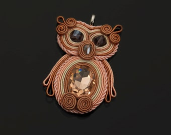 "Soutache pendant ""Gufo Red"""