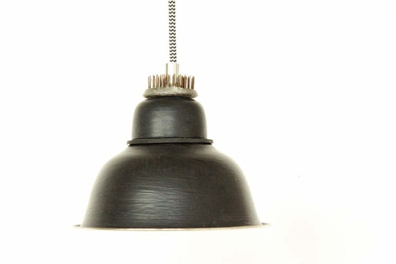 lampe design a13 lampe suspendue luminaire industriel. Black Bedroom Furniture Sets. Home Design Ideas