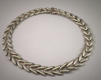 Incredible Unique Sterling Silver Leaf Necklace